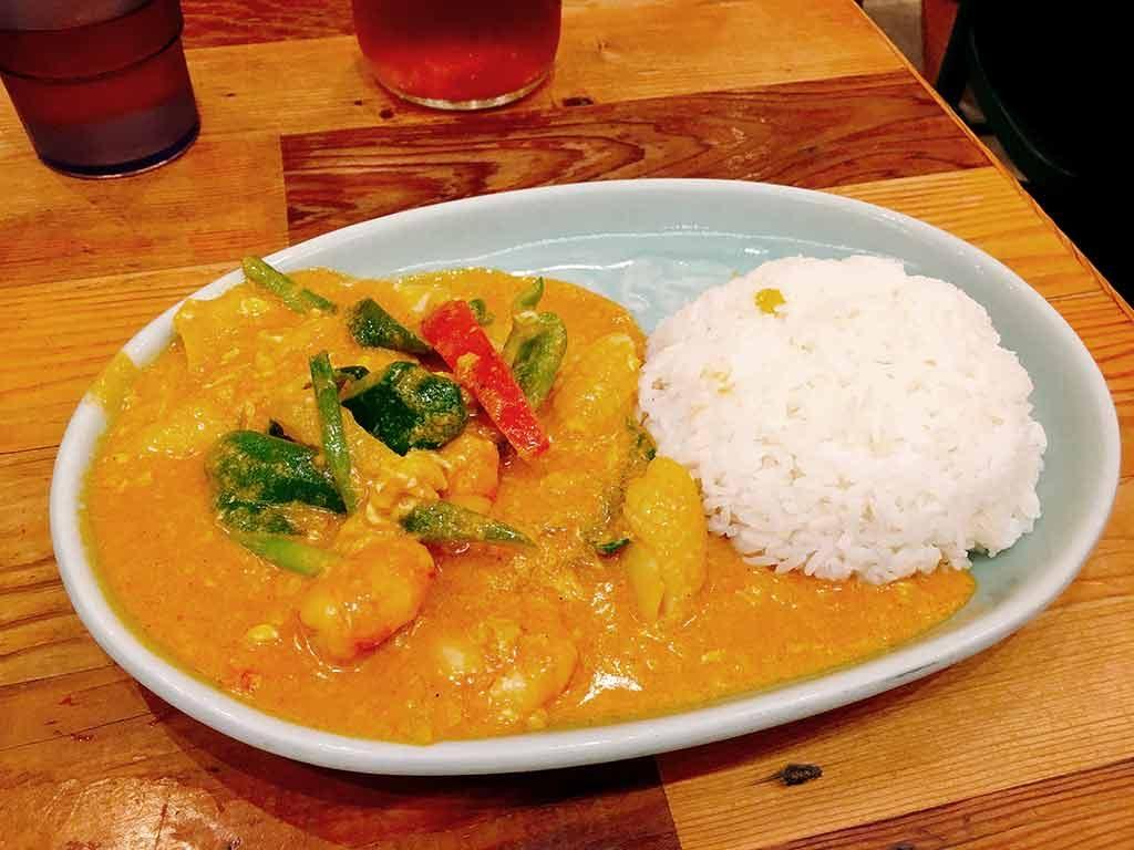 Tare Poppan Curry