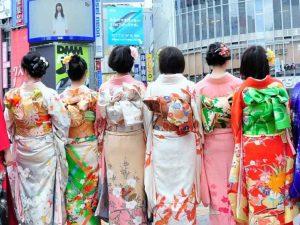 Wear Kimonos at Shibuya Crossing - Tokyo, Japan