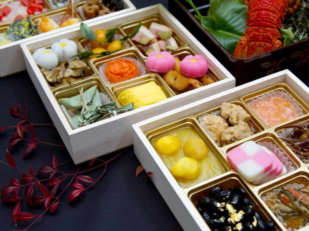"""People eat Japanese bentos called """"osechi"""" for New Year"""